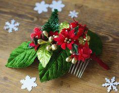 Haarkämmchen weihnachtlich rot gold grün Beeren  von Billies goes Jazzafine auf DaWanda.com