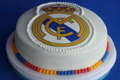 Tarta Real Madrid, Real Madrid Cake, Real Madrid Wallpapers, Cakes For Boys, Themed Cakes, Birthday Parties, Birthday Cakes, Desserts, Kids