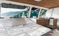 Não é uma cabana com vistas privilegiadas, é uma caravana transformada em minicasa sobre rodas
