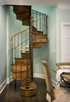If a grand staircase is not the best choice for your space – especially because of its size – a spiral staircase is a great option.