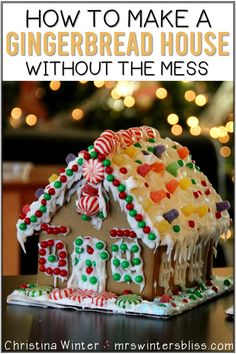 Making a gingerbread house and gingerbread man without the mess! These printables are a fun craft for Kindergarten, first grade, and second grade students. Students can decorate a gingerbread house and gingerbread man as a literacy activity. After they build and decorate their gingerbread they can write a story using one of the gingerbread themed writing prompts. #gingerbreadmanactivities #Christmaswritingactivities #gingerbreadhouses