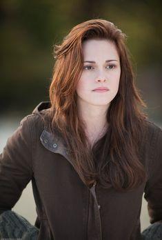 Kristen Stewart as Bella Swan, so pretty!