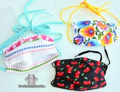In mouth mask easy to sew in 2 variants upcycling a dust mask. Schbar & sustainable face protection washable up to ° Pocket Pattern, Free Pattern, Diy Masque, Diy Mode, Crochet Christmas Ornaments, Design Your Dream House, Mouth Mask, Diy Face Mask, Most Beautiful Pictures