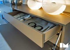 Colección Milano  Interiorismo en estado puro. Colecciones que enamoran a primera vista. Entryway Tables, Furniture, Home Decor, Interiors, Decoration Home, Room Decor, Home Furniture, Interior Design, Home Interiors