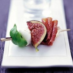 Marinated Figs With Prosciutto, Mozzarella & Basil