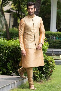 Classic Embroidered Jacket with Solid Kurta Set - Kurta Pajama Men, Kurta Men, Mens Sherwani, Indian Men Fashion, New Mens Fashion, Mens Fashion Suits, Man Fashion, Indian Engagement Outfit, Gents Kurta Design