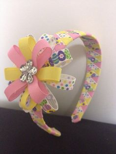 Easter Egg Woven Headband with bow . How To Make A Ribbon Bow, Diy Ribbon, Ribbon Bows, Ribbon Headbands, Hair Ribbons, Diy Headband, Girl Hair Bows, Girls Bows, Barrettes