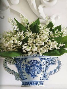 Lily of the valley flowers, in blue china cup ~ lovely bouquet! Blue And White China, Blue China, Fresh Flowers, Beautiful Flowers, White Flowers, Beautiful Things, Nice Flower, Colorful Roses, Simply Beautiful