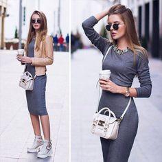 С чем одеть серое платье? Колготки под серое платье. Туфли к серому платью. Бижутерия к серому платью