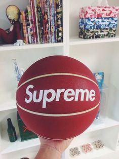 ball, Basketball, and supreme image Bape, Mode London, Hypebeast Room, Polo Sport, Basket Style, Supreme Clothing, Supreme Accessories, Minions, Supreme Wallpaper