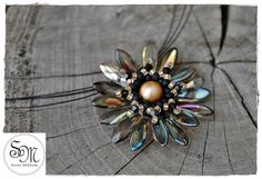 Sviro Műhely: Fekete-arany gerbera Gerbera, Gifts For Her, Brooch, Beads, Jewelry, Beading, Jewlery, Jewerly, Brooches