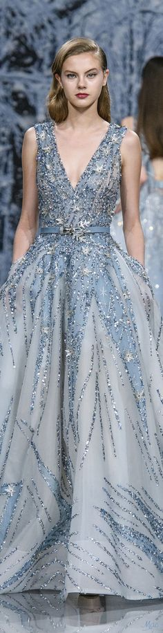 The Chic Technique: Fall 2017 Haute Couture Ziad Nakad Dior Haute Couture, Couture Mode, Style Couture, Couture Fashion, Fashion Show, Trendy Dresses, Blue Dresses, Prom Dresses, Beautiful Gowns