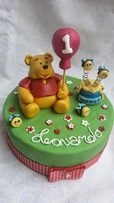 MUM CAKE FRELIS: winnie the pooh topper