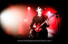 #31C_Mag: Crónica de la actuación que Miles Kane ofreció en la sala Razzmatazz de Barcelona. Organizado por Miles Away. Por Alba Nàjera
