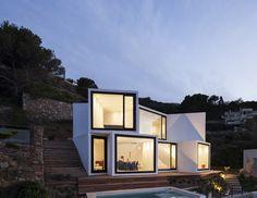 Sunflower House / Cadaval & Solà-Morales | AA13 – blog – Inspiration – Design – Architecture – Photographie – Art
