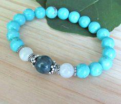 Apatite bracelet, Moonstone, blue magnesite, reiki bracelet, beaded bracelet, healing bracelet, energy bracelet, spirituality, silver mala