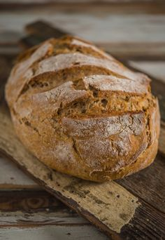 Turkey Reuben with No-Knead Rye Bread And for the end – a rye bread. Healthy, tasty and soooo easy to make. No kneading included, of course. Enjoy guys!