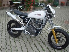 supermotard – Motorcycle Photo Of The Day Cafe Racer, Kawasaki Klr 650, Dr 650, Honda Dominator, Motor Scooters, Street Tracker, Motorcycle Design, Kustom, Scrambler