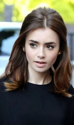 Lily Collins - Hair goals