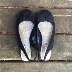 American Eagle Bow Flats Black canvas bow flats. American Eagle Shoes Flats & Loafers