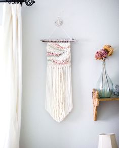Spring Vibes woven wall hanging\MTO\pink nursery decor\boho nursery decor\boho home decor\fiber wall art\farmhouse wall decor\pink weave Weaving Projects, Diy Craft Projects, Macrame Projects, Knitting Projects, Weaving Loom Diy, Hand Weaving, Tablet Weaving, Boho Nursery, Nursery Decor