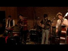 """Santo temazo... Mumford and Sons - """"Untitled"""" (Live at WFUV) #music"""