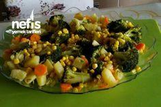 mantı tadındaBrokoli Salatası (tavada pişen ) Vegetable Pizza, Baked Potato, Zucchini, Food And Drink, Cooking Recipes, Potatoes, Baking, Vegetables, Ethnic Recipes