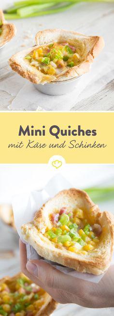 Mach aus dem Klassiker Quiche eine französische Frühstücksfreude: Mürbeteig durch Toastbrot ersetzen und mit Ei, Mais, Schinken und Cheddar füllen.