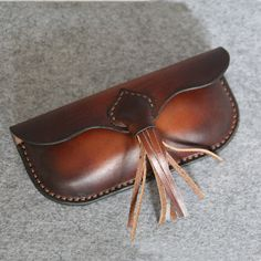 Items similar to Handmade Vintage Leather Glasses Case sunglasses cover--vintage light brown on Etsy Leather Wallet Pattern, Leather Card Wallet, Leather Gifts, Stitching Leather, Custom Leather, Cow Leather, Vintage Leather, Leather Case, Leather Glasses Case