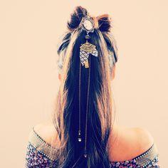 Pic à cheveux bronze japonais, illustré femme asiatique et