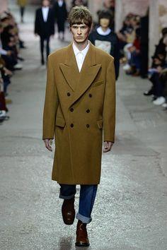 Dries Van Noten Fall 2017 Menswear Fashion Show