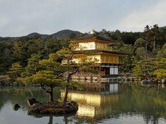Le Temple du Pavillon d'Or, merveille du Japon et source d'histoires - StayAwake