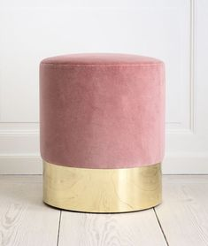 A beautiful vanity chair in brass and pink velvet