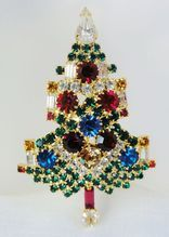 Large Beautiful Rhinestone Christmas Tree Brooch with Candles