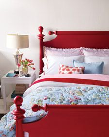 Note to self:  I'm going to paint that bed red, if it's the last thing I do.  Love this!!!