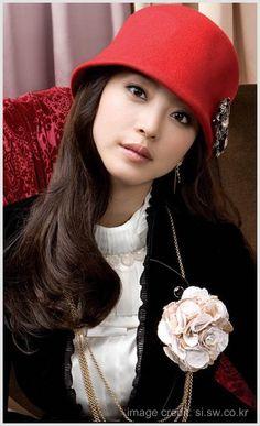 Gorgeous Han Ye Seul