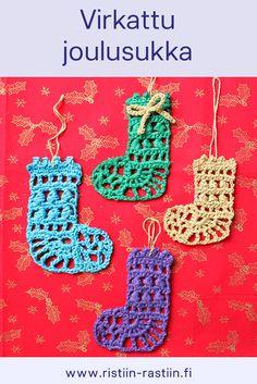 Virkatut minikokoiset joulusukat, kuusenkoriste