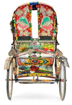 Rickshaw Wallah is a photo essay on the rickshaws of India and Bangladesh by photographer Greg Vore. Indian Room Decor, Bengali Art, Indian Artwork, Indian Arts And Crafts, Truck Art, Gypsy Life, Moving House, Photo Essay, Art Cars