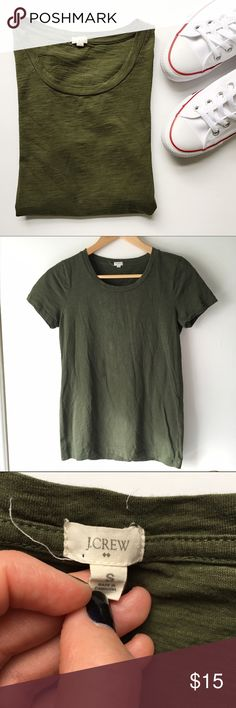 J. Crew Perfect Tee Every closet needs a JCrew Perfect Tee. Beautiful olive green color, fitted silhouette, 100% cotton, in good condition.   🚫 No Trades/🅿️🅿️ ✨ 100% Authentic 💵 Offers Welcome 💰 Bundle Discount 📬 Ships in 1-2 Days J. Crew Tops Tees - Short Sleeve