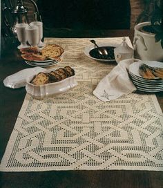 Crochet table runner, filet work LCD-MRS♥ with diagram