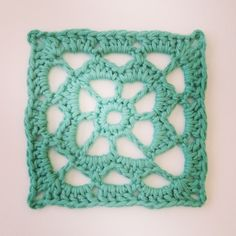 "Sunday Crochet Motif from the book ""The Complete Photo Guide to Crochet"" p. 195"