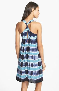 Love the twist back on this blue tie dye dress.