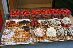 let them eat waffles! I Love Food, Good Food, Yummy Food, Waffle Bar, Edible Food, Bakery Recipes, Yummy Cakes, Yummy Treats, Ideas