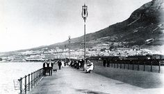 The Pier - Now a Proud Esplanade - in 1913 Old Photos, Vintage Photos, Weird And Wonderful, Woodstock, Cape Town, Old Houses, Wonders Of The World, South Africa, Past