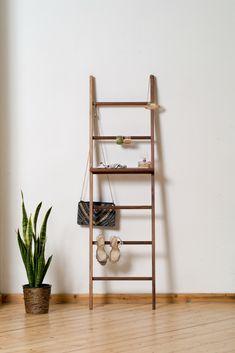 kleiderleiter natur ge lt eiche buche oder edler nussbaum kleiderleiter kleiderstuhl. Black Bedroom Furniture Sets. Home Design Ideas