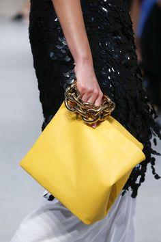 Marni Spring 2016 Ready-to-Wear Fashion Show Details