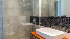 Kalk an Duschtür aus Glas entfernen