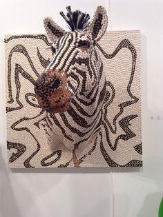 Push pin zebra Push Pin Art, Mantle, Arts And Crafts, Shoulder Bag, Cool Stuff, How To Make, Inspiration, Biblical Inspiration, Shoulder Bags