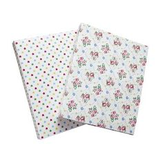 Pretty folders that might just make revision a little bit more bearable.  standard snap shut ring binder fastening