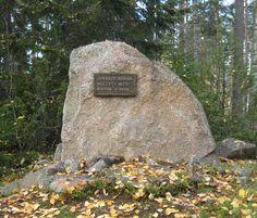 ähtärin kirkko - Google-haku  Muistokivi sijaitsee Juurikkakankaalla valtatie 18 varressa välillä Ähtäri-Inha. Merkille on viitoitus valtatieltä.
